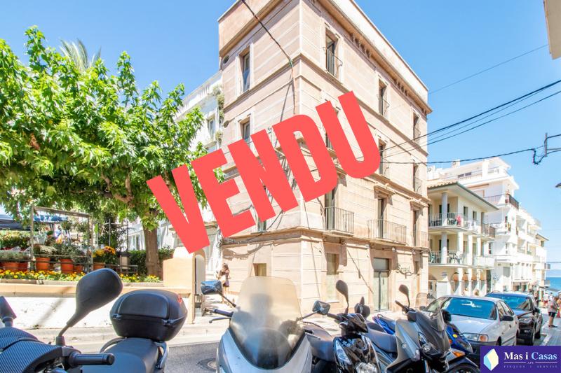 VENDU (3)